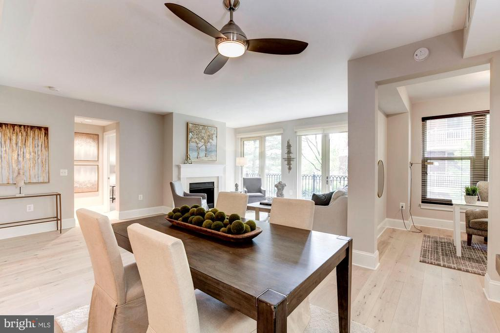 Nice dining area with overhead fan - 4821 MONTGOMERY LN #303, BETHESDA