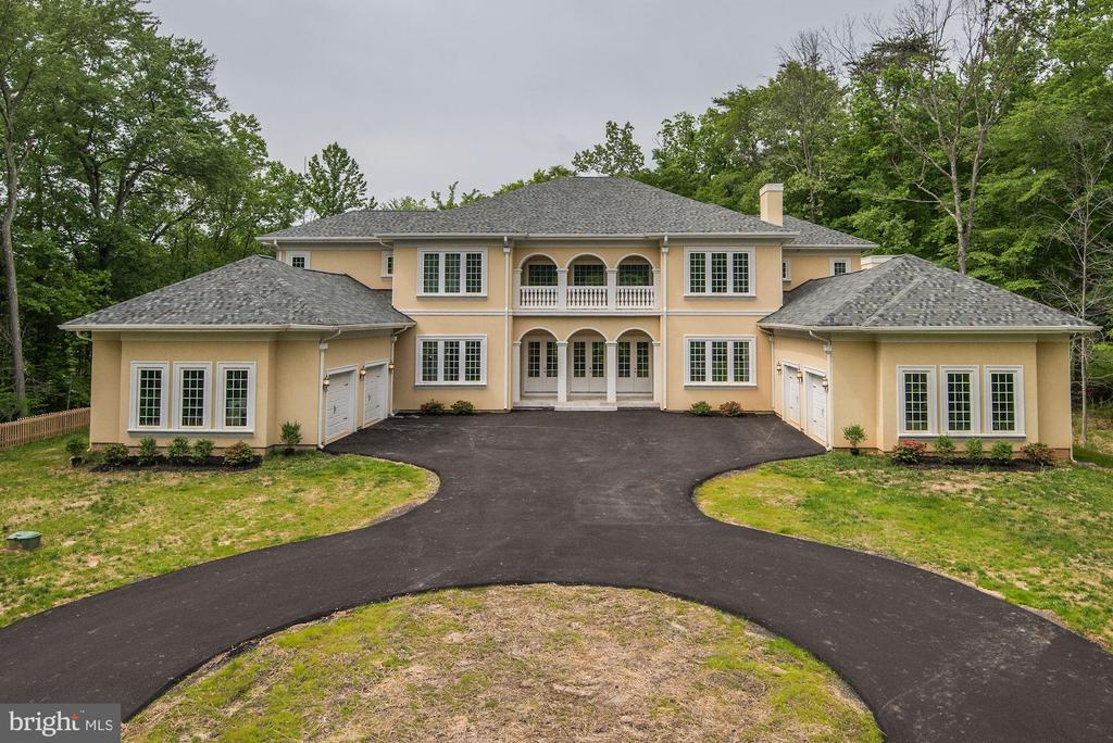 - 10918 WOODFAIR RD, FAIRFAX STATION