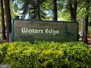 Waters Edge Townhouses - 15415 BEACHWATER CT, DUMFRIES