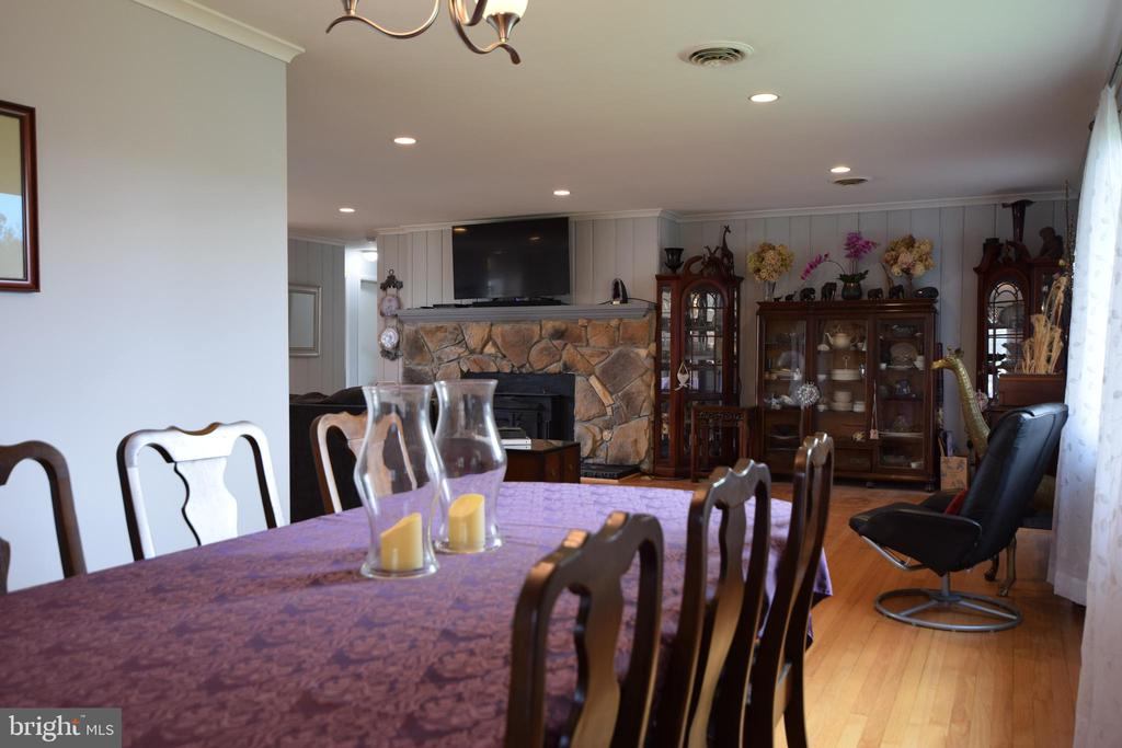 Dining Room looking Back towards Family Room - 3001 GILLIS FALLS RD, MOUNT AIRY