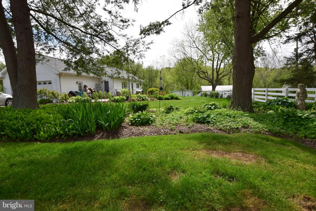 Rear Yard and Gardens - 3001 GILLIS FALLS RD, MOUNT AIRY