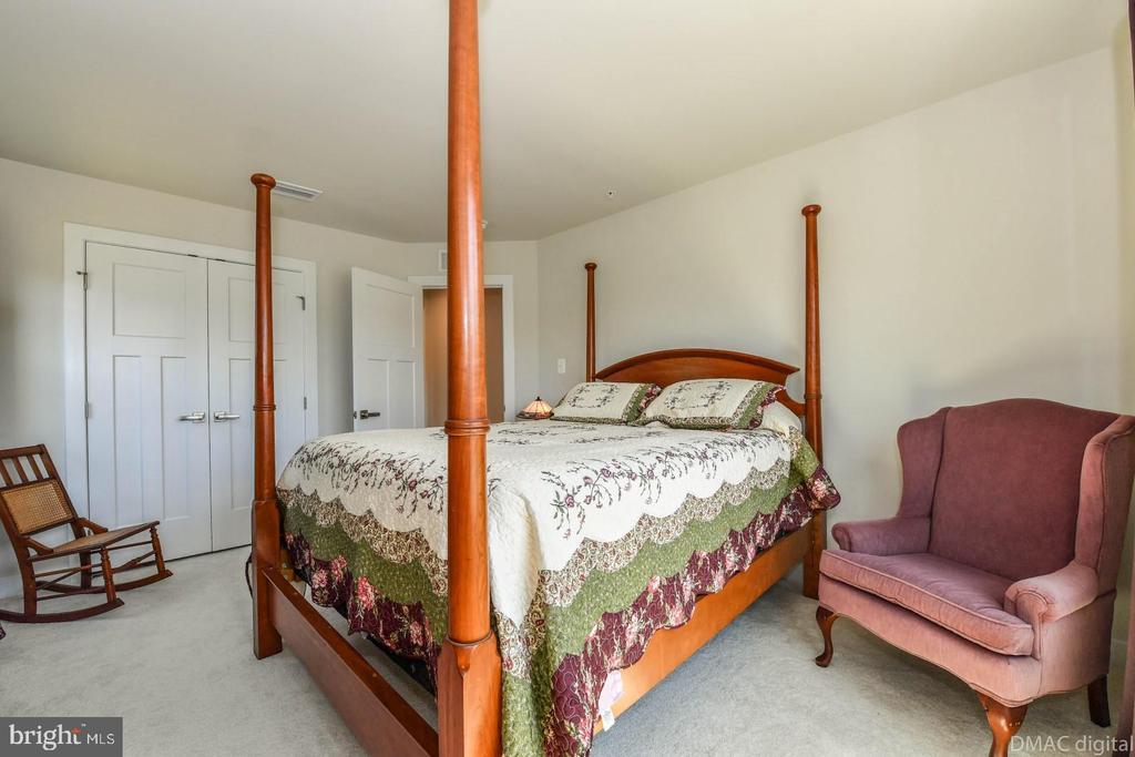 Bedroom 3. - 9687 AMELIA CT, NEW MARKET