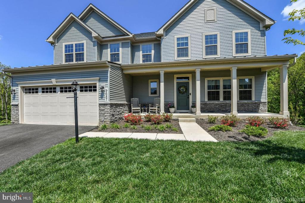 Stunning home. - 9687 AMELIA CT, NEW MARKET