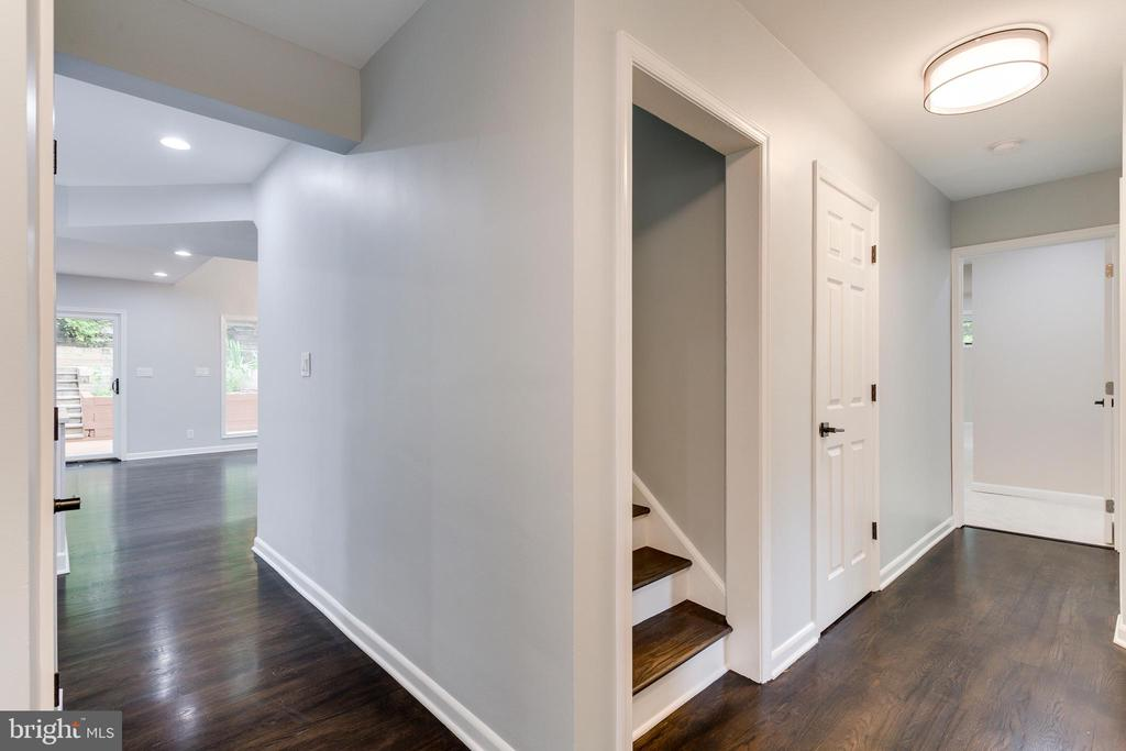 View from Front Entry Way - 5125 37TH ST N, ARLINGTON