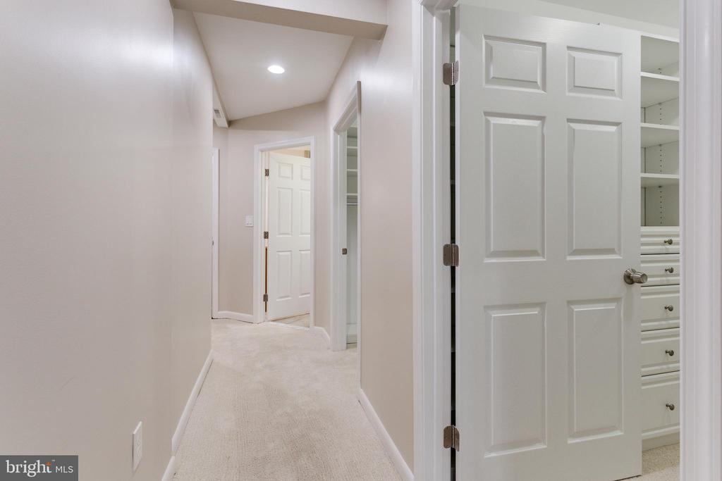 Private Hallway in Master Suite - 5125 37TH ST N, ARLINGTON