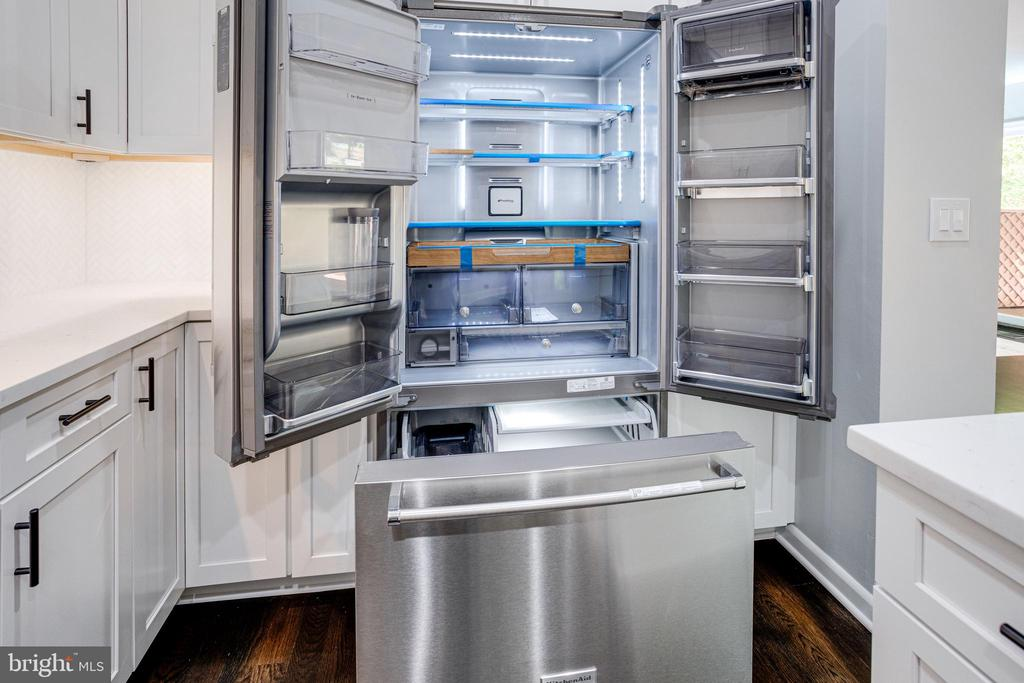 Gleaming refrigerator with Wooden Storage Area - 5125 37TH ST N, ARLINGTON