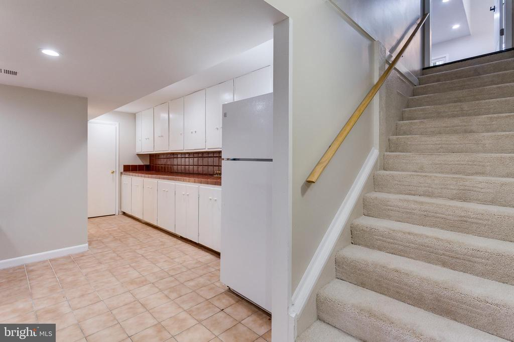 Basement Kitchen Area - Lower Level - 5125 37TH ST N, ARLINGTON