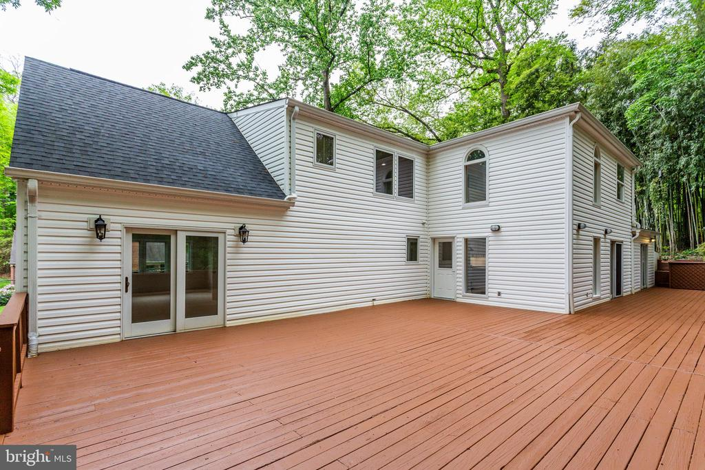 Expansive Deck for Entertaining and Relaxing - 5125 37TH ST N, ARLINGTON