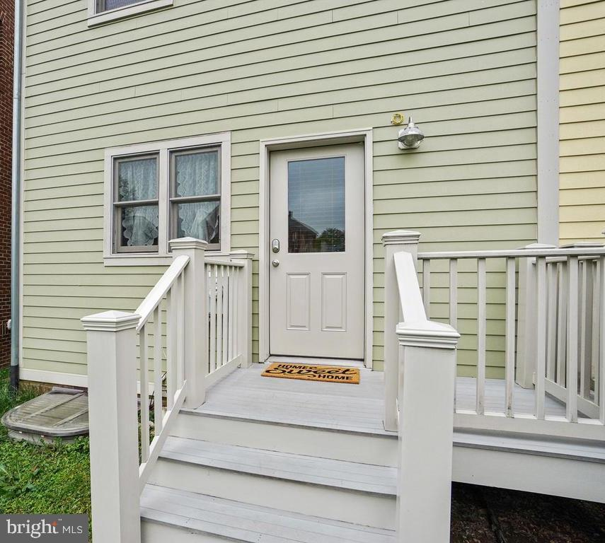 Deck - 27 LORD NICKENS ST, FREDERICK