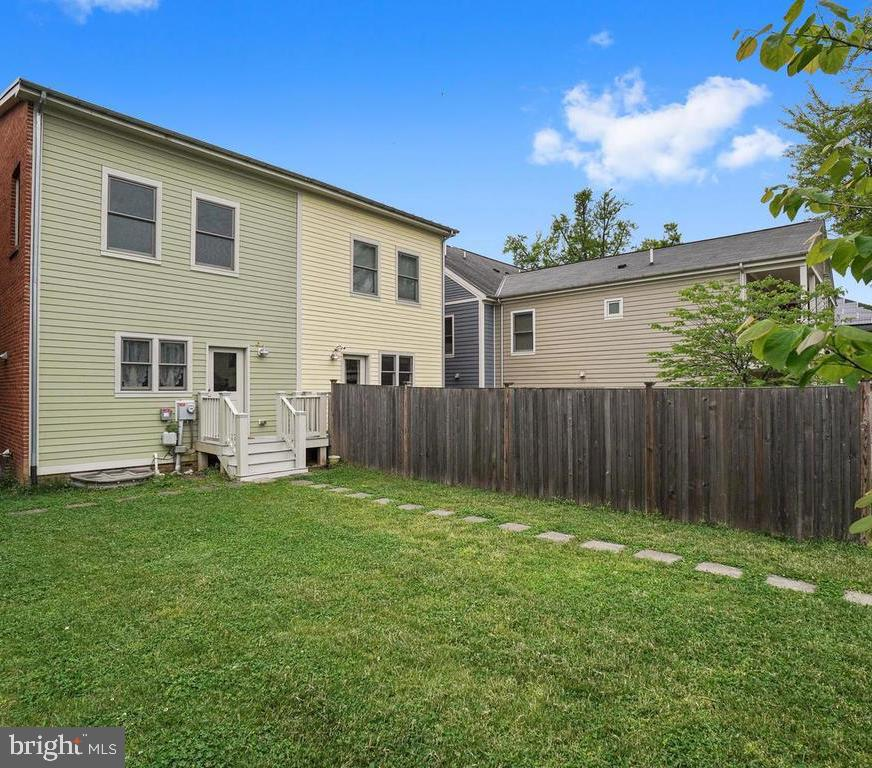 Open Backyard - 27 LORD NICKENS ST, FREDERICK