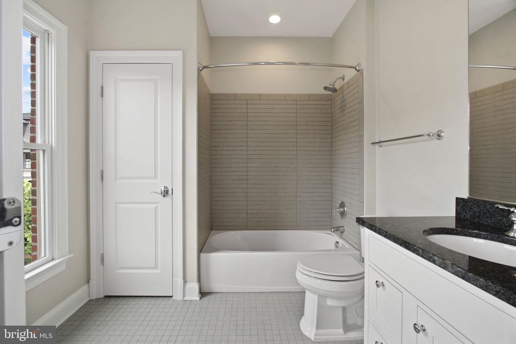 Third Bath - 10846 SYMPHONY PARK DR, NORTH BETHESDA