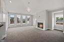 Top Level Loft w/Bar - 10846 SYMPHONY PARK DR, NORTH BETHESDA