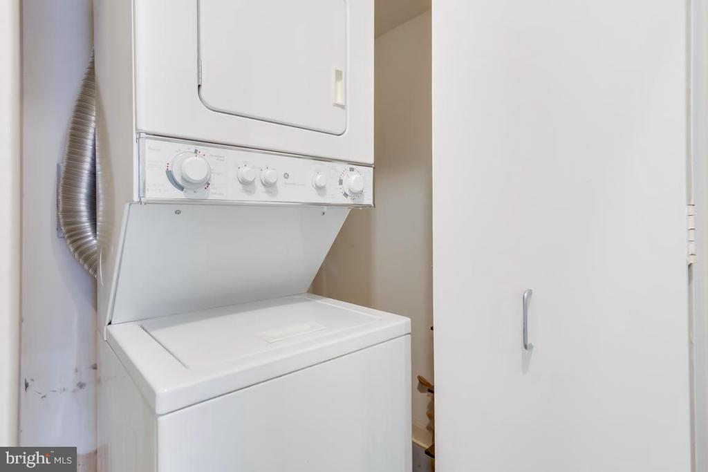 Washer/Dryer - 1015 33RD ST NW #407, WASHINGTON