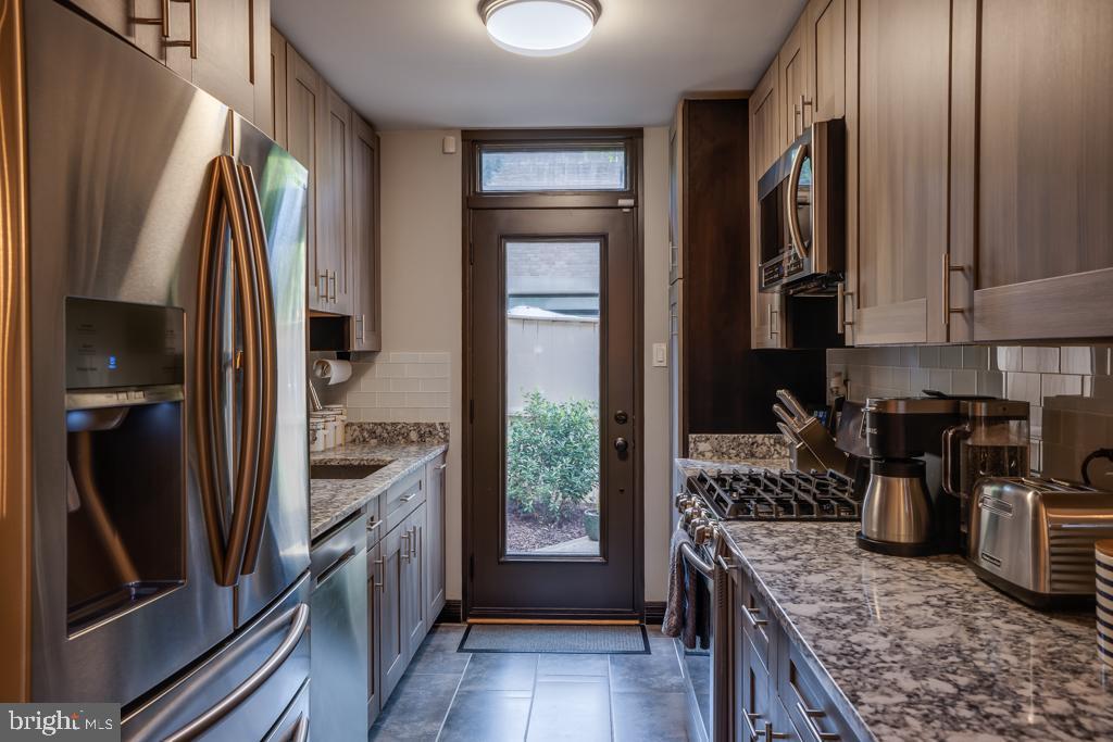 Stainless steel appliances - 363 N ST SW #363, WASHINGTON