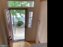 Let in all that beautiful sunshine and light!! - 6587 KIERNAN CT, ALEXANDRIA
