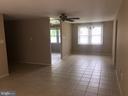 Living room - 2419 PINEFIELD RD, WALDORF