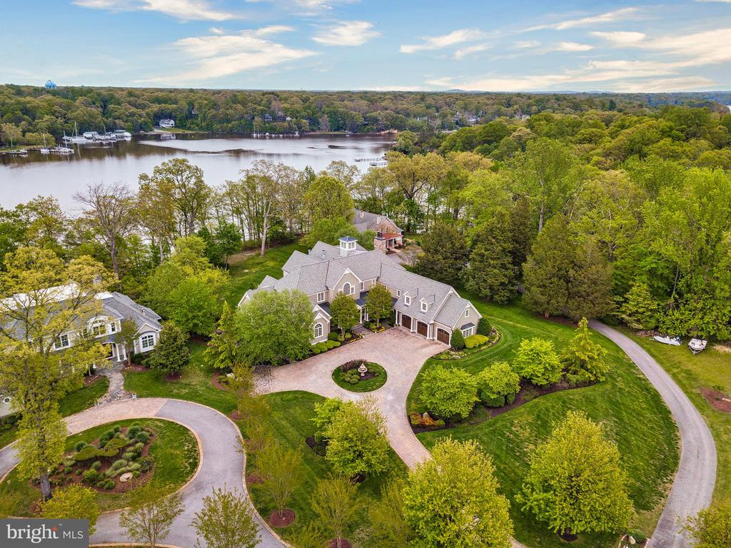 Aerial view of property and Severn River - 809 HOMESTEAD LN, CROWNSVILLE