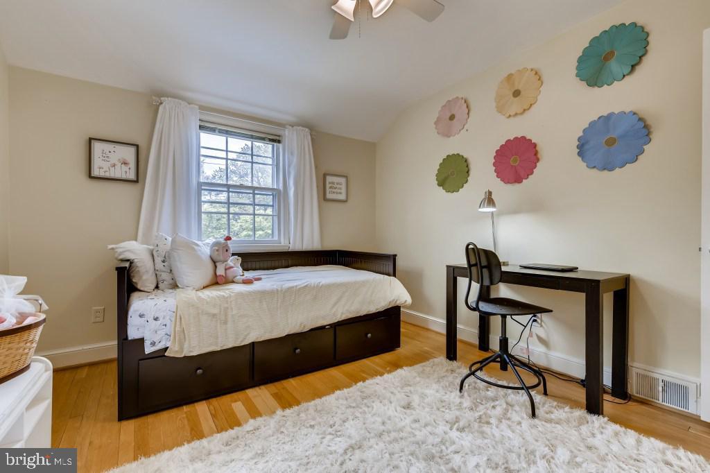 Upper Level Bedroom 4 - 4501 AMHERST LN, BETHESDA