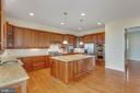 Kitchen - 41386 RASPBERRY DR, LEESBURG