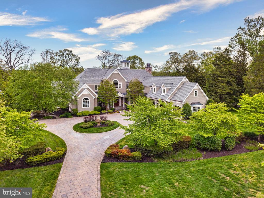 Welcome Home! - 809 HOMESTEAD LN, CROWNSVILLE