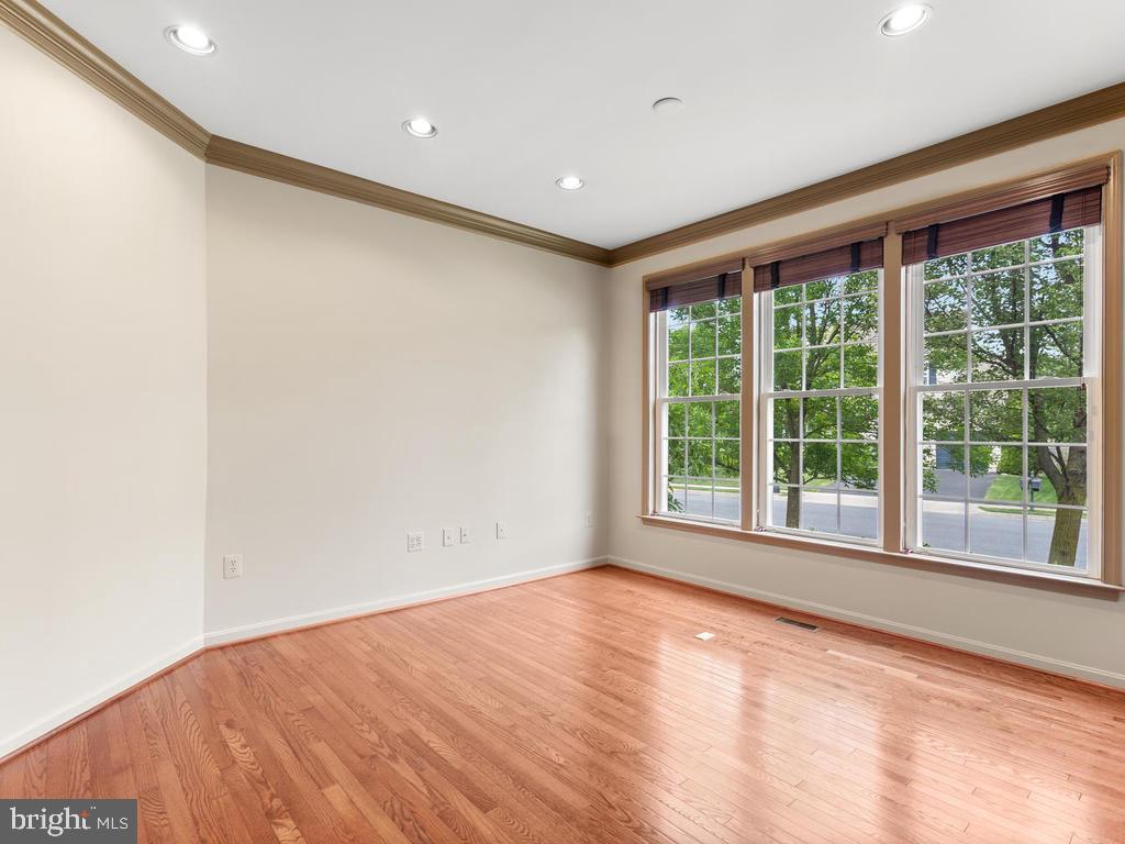 First Floor Office - 114 WHEELER LN, FREDERICK