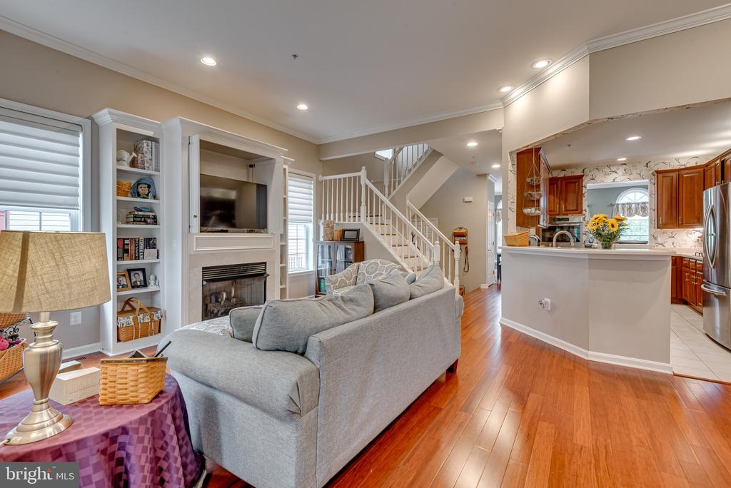 Open concept floor plan on main level - 606 ANDREW HILL RD, ARNOLD