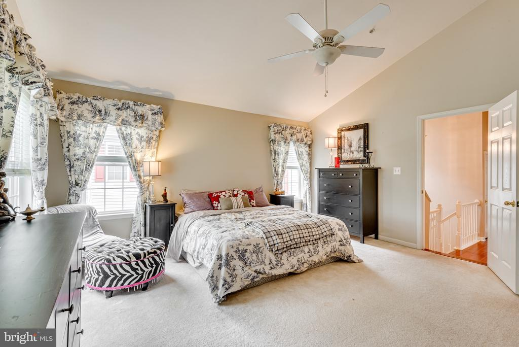 Master Bedroom - 606 ANDREW HILL RD, ARNOLD