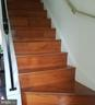 Stairs to bedrooms - 905 CHESHIRE CT, STERLING