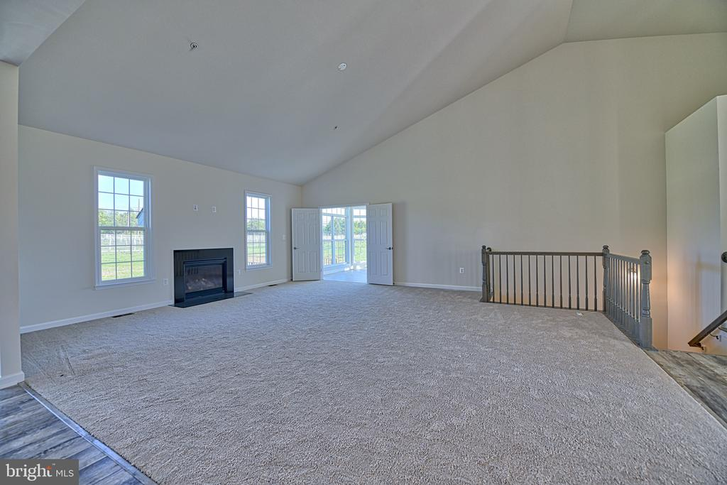 Awesome Open Layout - 11202 KING GALLAHAN CT, CLINTON