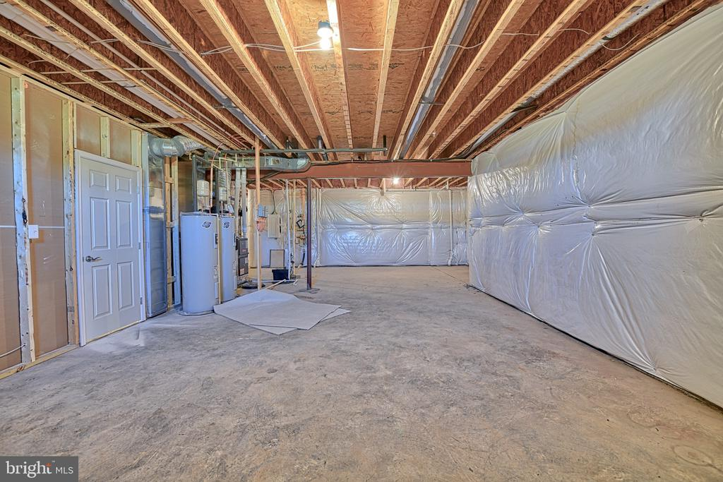 Basement - Space for Rooms - 11202 KING GALLAHAN CT, CLINTON