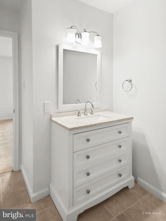 Newly remodeled Master Bath - 103 S ADAMS ST, WOODSBORO