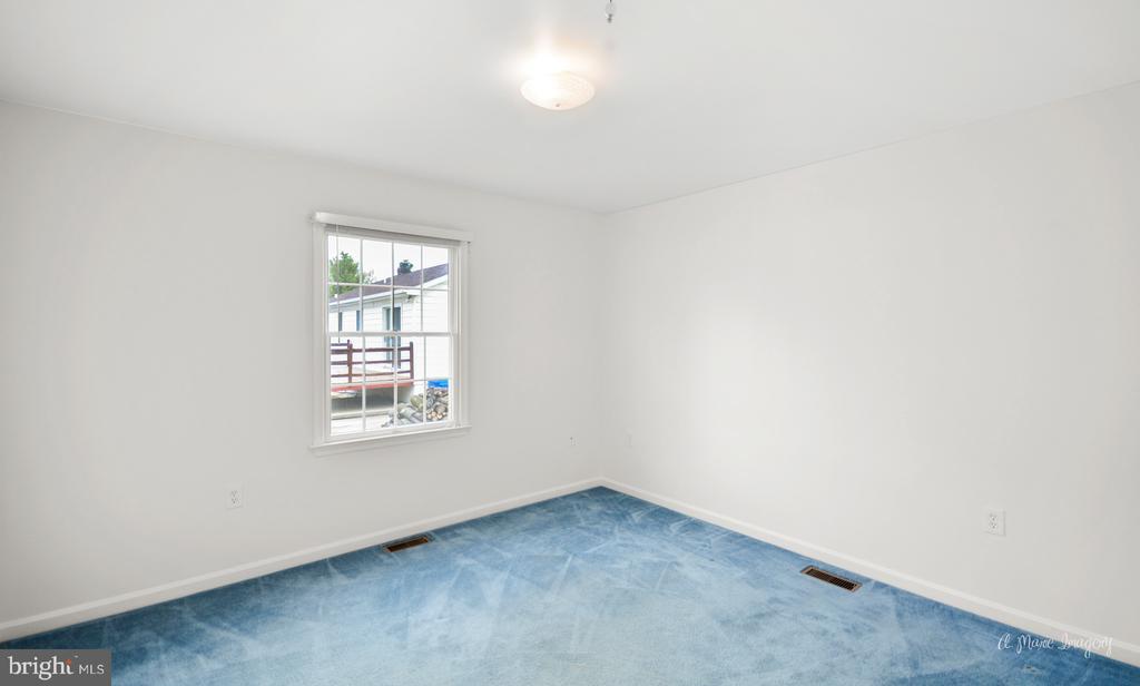 secondary bedroom - 103 S ADAMS ST, WOODSBORO