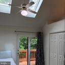 Master bedroom with skylights and vaulted ceiling - 8 S CHERRY GROVE AVE, ANNAPOLIS