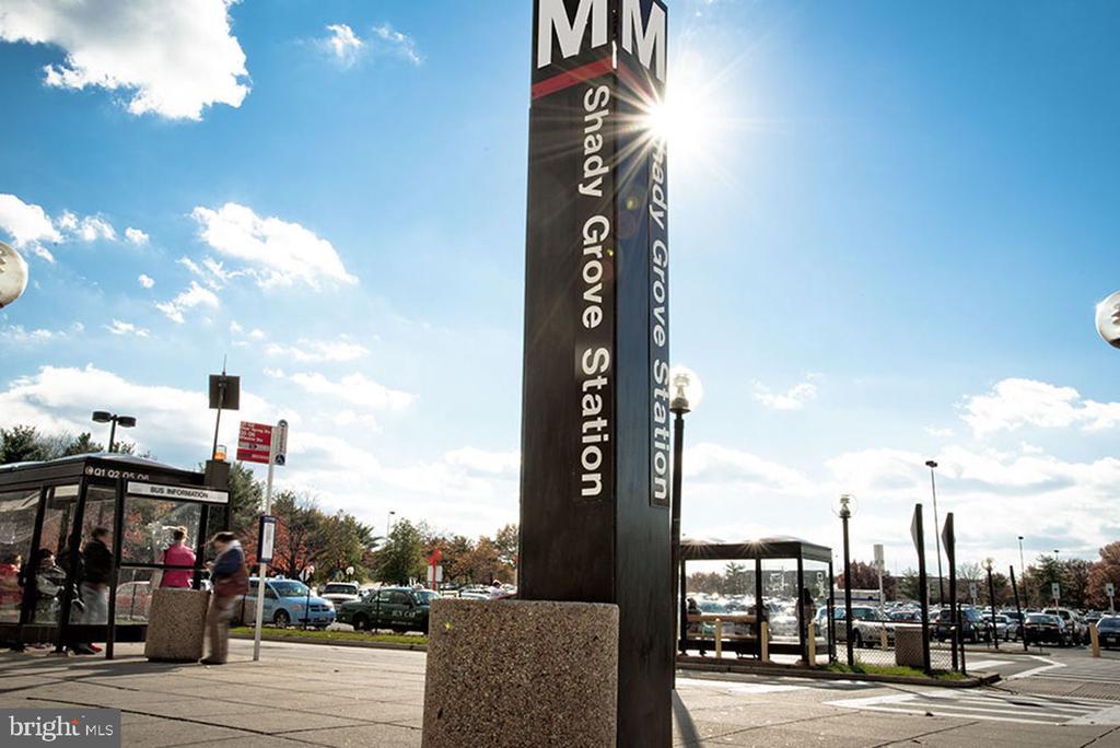 Shady Grove Metro - 206 WATKINS CIR, ROCKVILLE