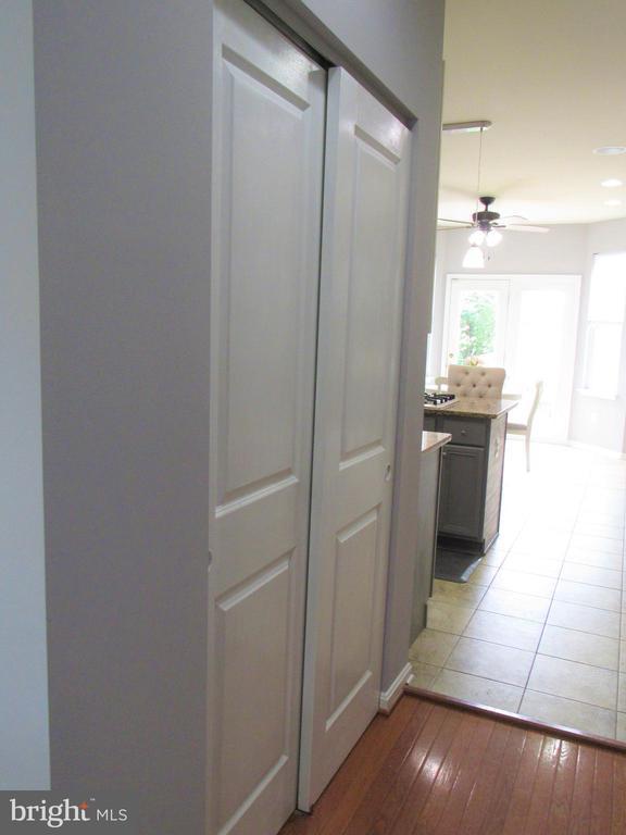 1st floor: Kitchen pantry - 27 CAPE COD, MARTINSBURG