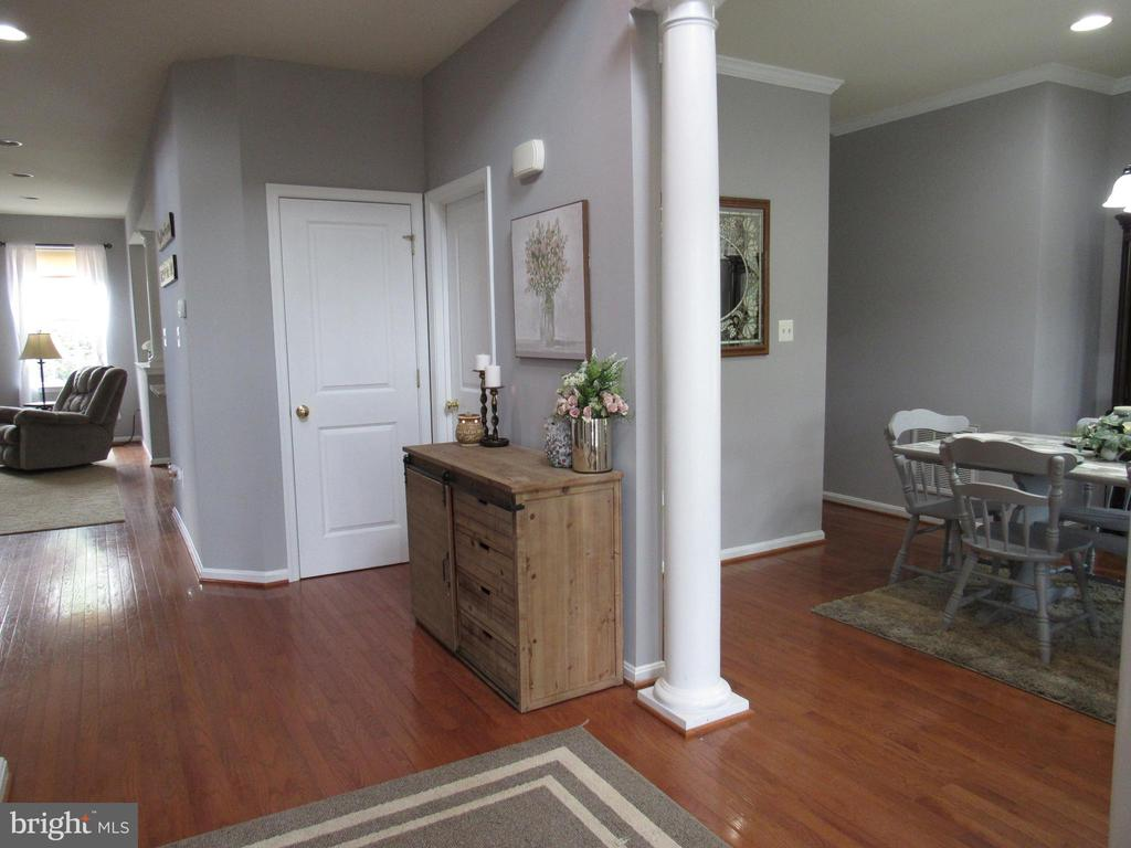 1st floor: Foyer to Dining room area - 27 CAPE COD, MARTINSBURG