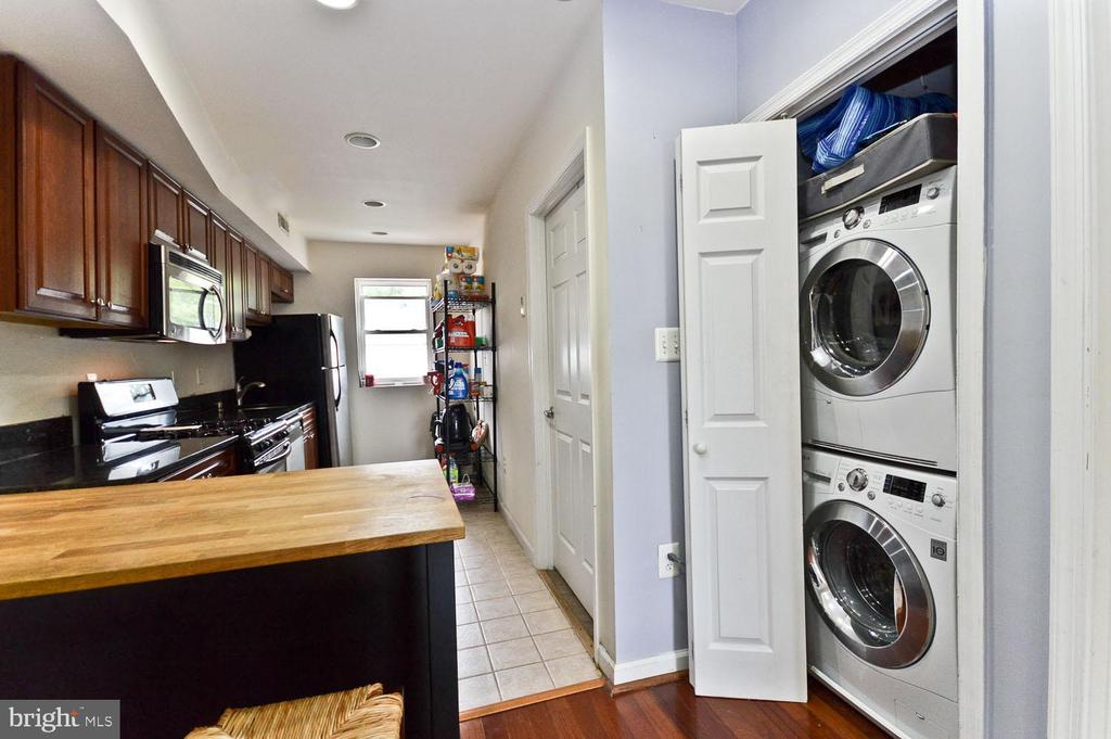 Stackable washer and dryer - 2504 22ND ST NE #6, WASHINGTON