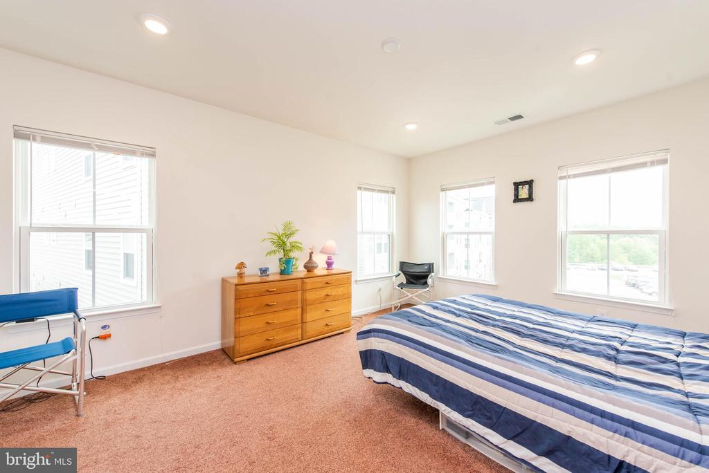 Master Bedroom - 2231 JOHN GRAVEL RD #M, MARRIOTTSVILLE