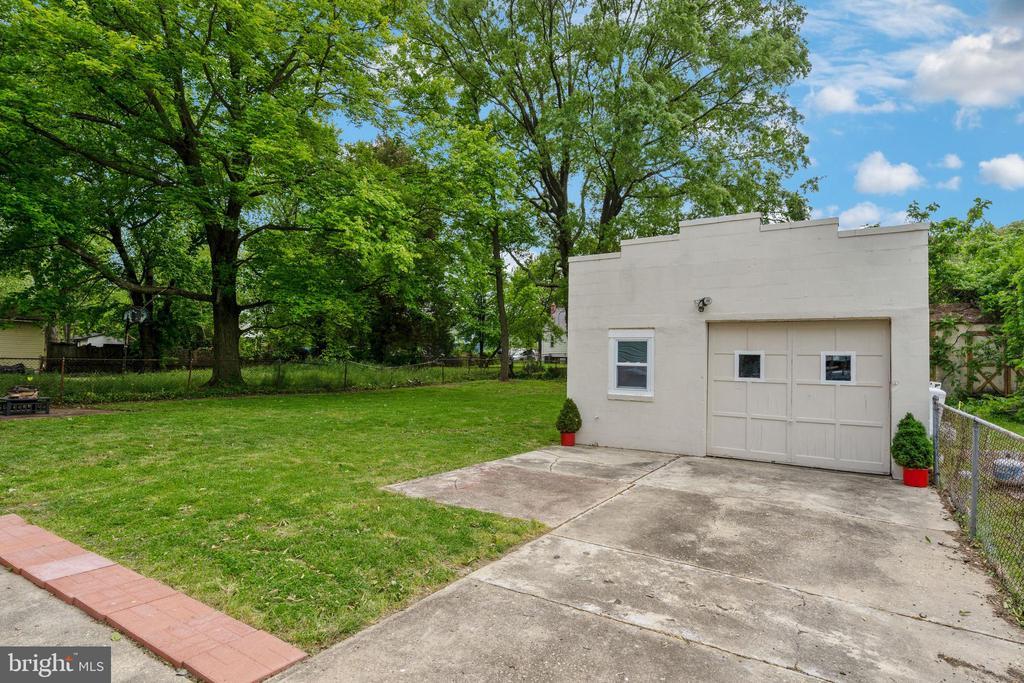 Detached Garage - 4503 ALLIES RD, MORNINGSIDE