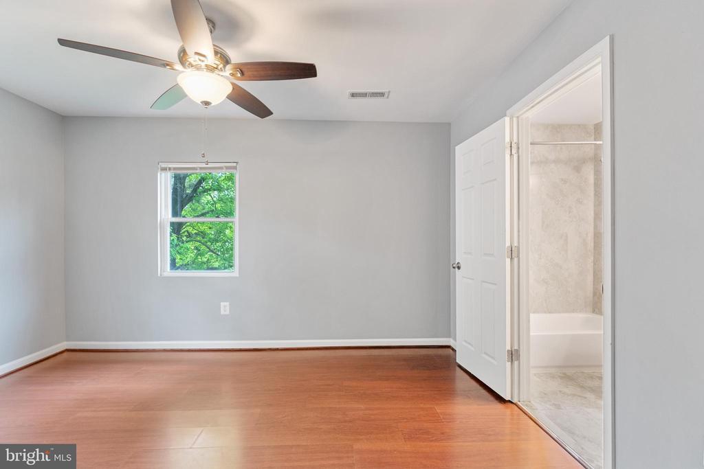 Master Bedroom 3 - 4503 ALLIES RD, MORNINGSIDE