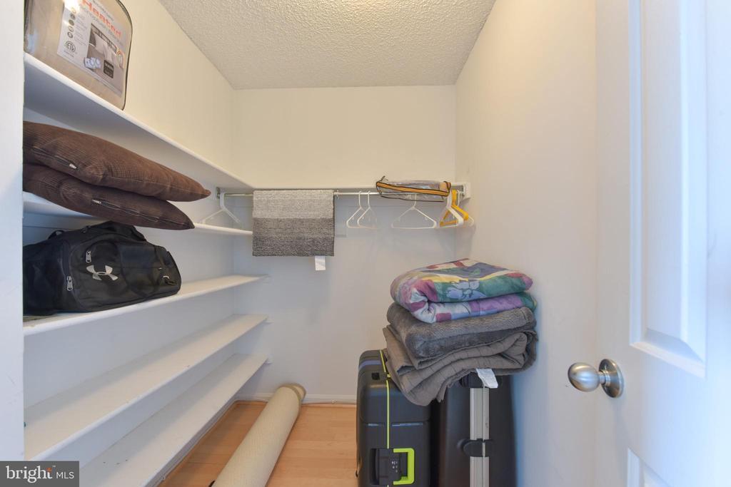 Bedroom #2 large Walk In Closet - 3800 POWELL LN #PH 30, FALLS CHURCH