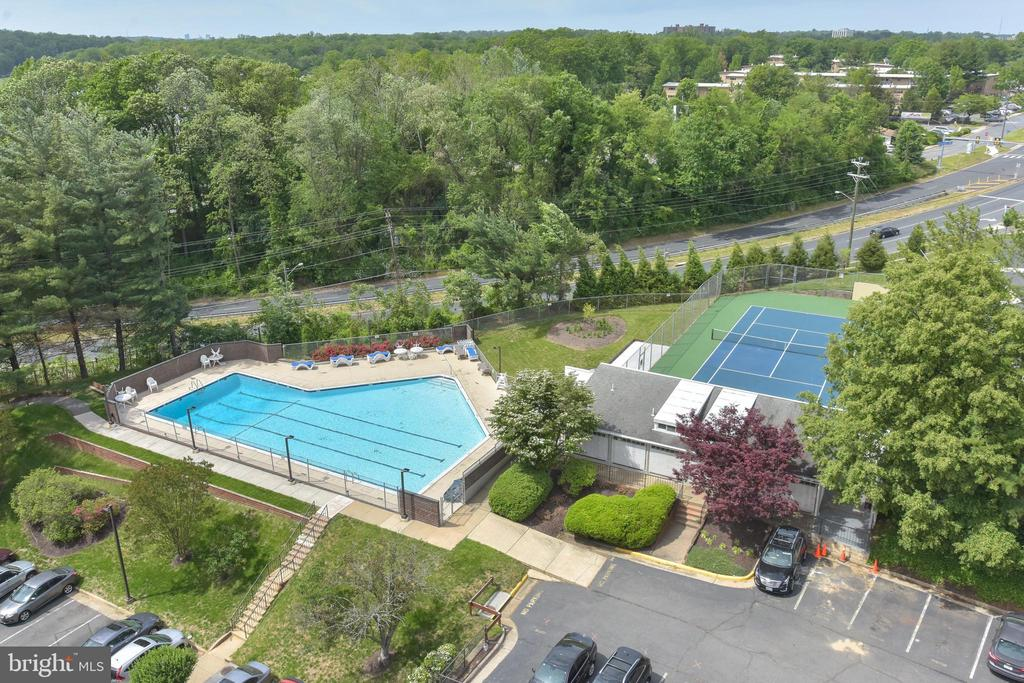 Views of Outdoor Swimming Pool from Balcony - 3800 POWELL LN #PH 30, FALLS CHURCH
