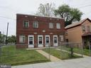 - 1012 48TH ST NE, WASHINGTON