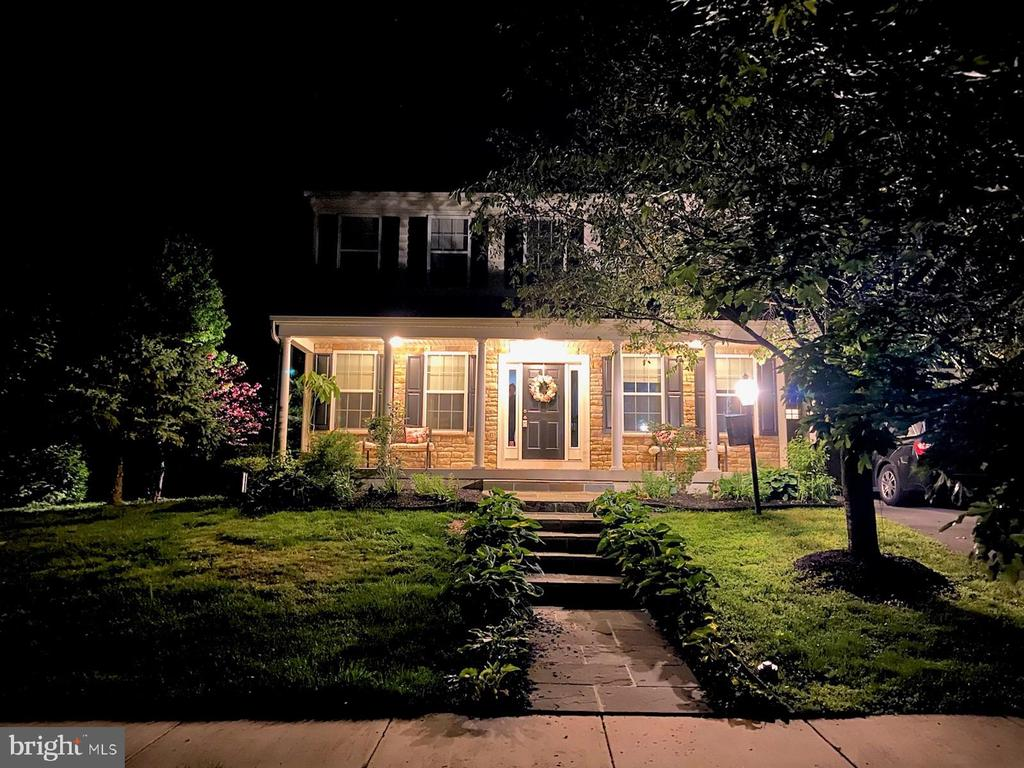 Nicely landscaped - 27 CAPE COD, MARTINSBURG