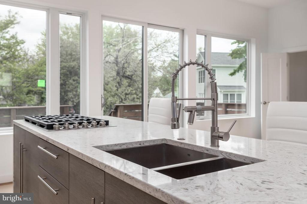 Giant Quartz Kitchen Island - 8728 RIDGE RD, BETHESDA