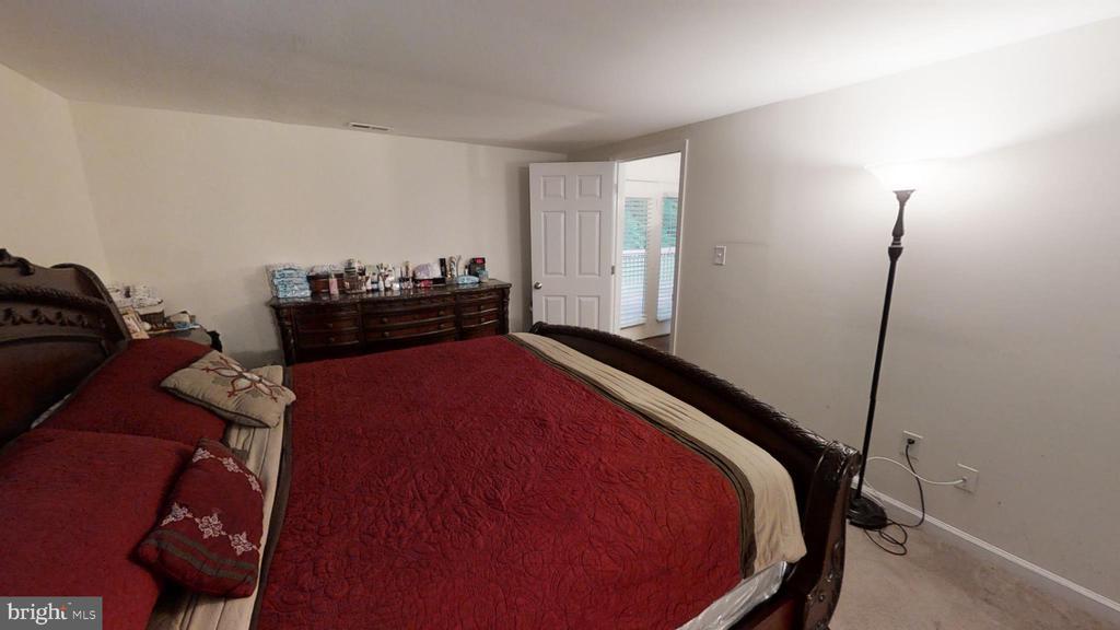 Master Bedroom - 28 NOVAK DR, STAFFORD