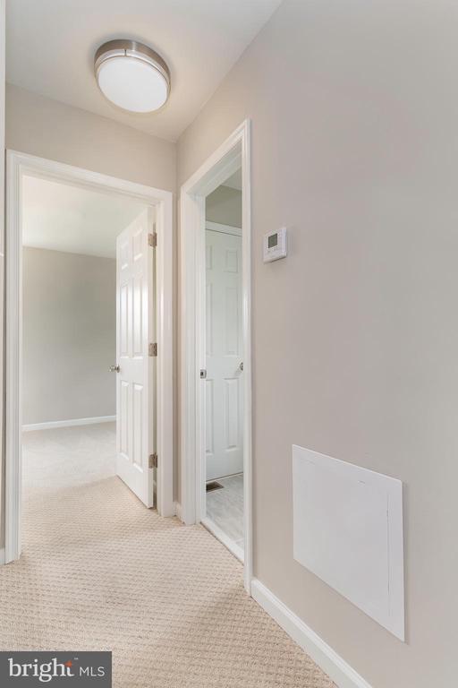 Facing Master bedroom and bathroom - 5362 HAYES ST NE, WASHINGTON