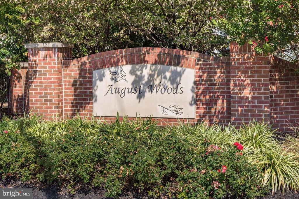 August Woods Welcomes You! - 1123 AUGUST DR, ANNAPOLIS