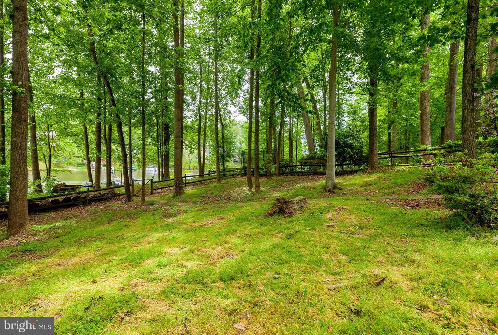 - 4703 TIMBER RIDGE DR, DUMFRIES