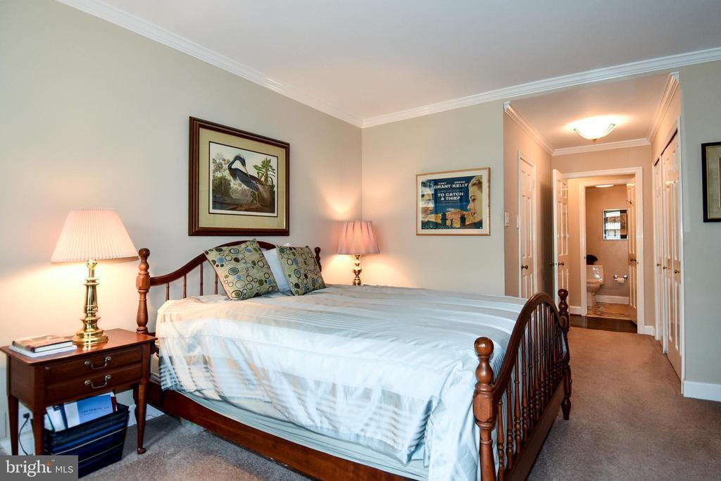 - 700 NEW HAMPSHIRE AVE NW #1015, WASHINGTON